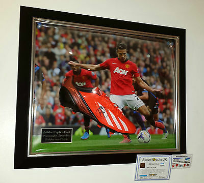 ** Rare Robin Van Persie of Manchester United Signed BOOT not Shirt Display **