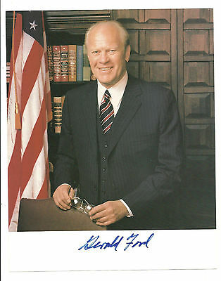 Gerald Ford ORIGINAL HAND AUTOGRAPHED 8X10 Picture / Signed by Late President!
