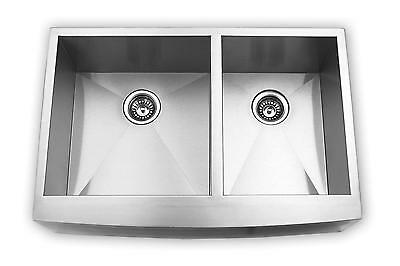"""33"""" Stainless Steel Kitchen Sink Farm Apron Curved Front Double Bowl w/ Strainer"""