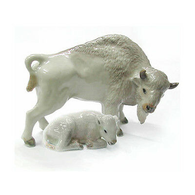 Northern Rose KR1923 White Buffalo and Calf Porcelain Bison Figurine Set