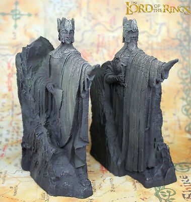 Hobbit The Lord of the Rings The Gates of Gondor Argonath Model Bookends Resin