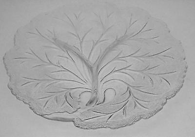 Vintage INDIANA GLASS Clear Glass Round Pebble Leaf Pattern Relish Plate Dish