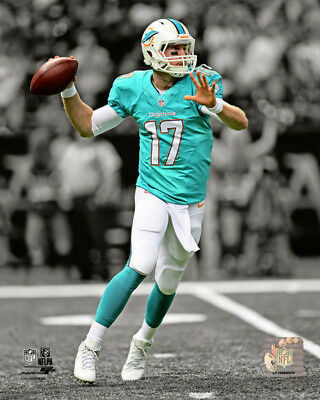 Outerstuff Ryan Tannehill Miami Dolphins #17 Aqua Youth Home Player Jersey
