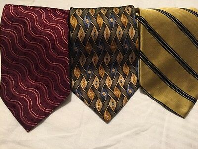 Lot Of 3 Jos A Bank Neckties 100% Silk Hand Made Stunning Designs Extra Clean