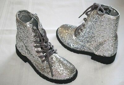 NWOT The Children's Place Sparkly Gray Boots Girl Size 11 NEW