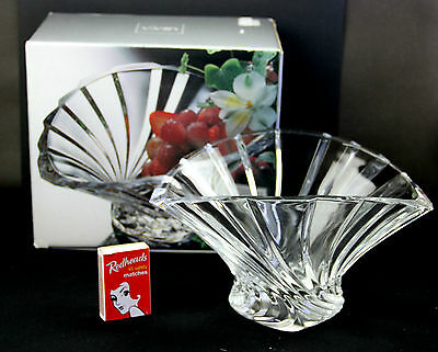 Beautiful MIKASA 'FLORES' Crystal Flared Bowl Made in Japan. New in Box.