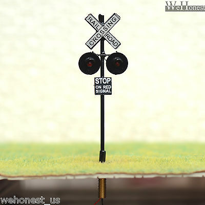 8 x OO or HO Scale Railroad Crossing Signals LEDs made + 8 Circuit board flasher