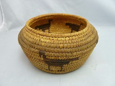 "Native American Weave Small Basket Bowl. Very Nice Design. Approx. 3"" T x 6"" D"