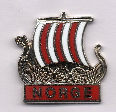 Very nice traffic Viking ship pin from NORGE NORWAY