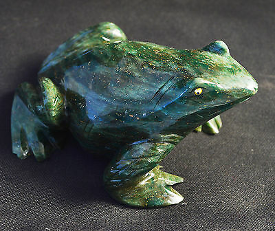 Grenouille en Serpentine sculpture en pierre 115x80mm