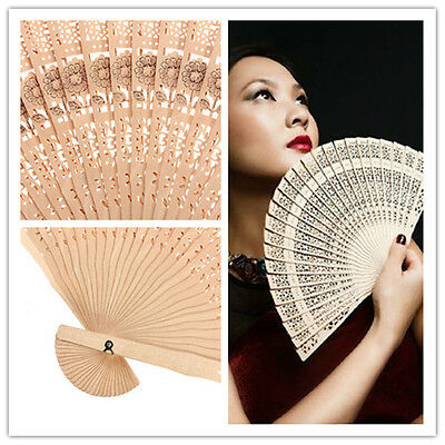 Retro-Chinese Japanese Style Hohle Folding Bamboo Holz geschnitzten Fan Geschenk