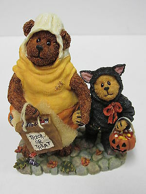 "BOYDS #228408-2E *""Candy B. Corn and Scaredy Bear....Trick or Treat"" * Brand New"