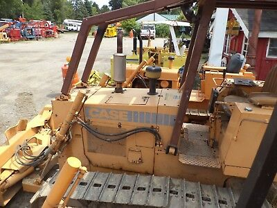 CASE  450 C with 6 way blade new pins and sprocks ect, good condition  cat