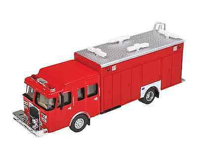 13802 Walthers SceneMaster Hazardous Materials Fire Truck HO Scale