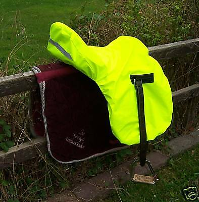 Fluorescent Yellow Waterproof Dressage Saddle Cover With Reflective Strip