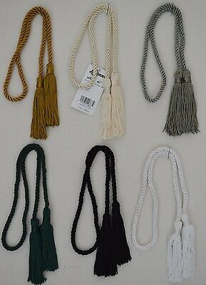 "Curtain & Chair Tie Back -23""spread with 3.75"" chainnette tassels w/ 1/4"" cord"