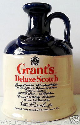 Vintage GRANT's DELUXE SCOTCH WHISKY Clay Stoneware BOTTLE Jug DECANTER - EMPTY