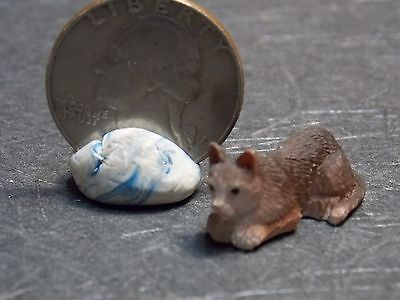 Dollhouse Miniature Pet Cat Brown Animals 1:12 one inch scale A49 Dollys Gallery