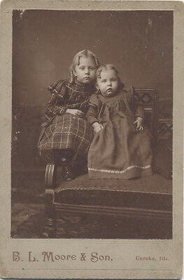 Cabinet Card Portrait Of Two Beautiful Sisters - Eureka, Illinois