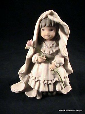 Kim Anderson's Pretty As A Picture Promises Of Love Porcelain Bride Figurine