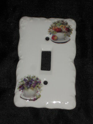 "Ceramic Switch Plate 3 1/4"" X 5"" With Floral In Cup Nice Lot Uuu"