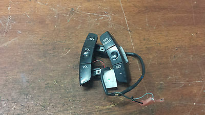 Ford Territory Sx Sy   Radio / Cruise Switches On Steering Wheel