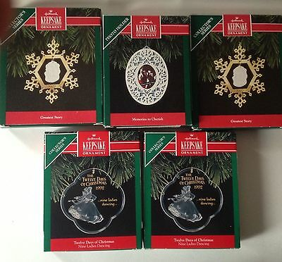 Set of 5 Christmas Hallmark Keepsake Ornaments Vintage New From 1992