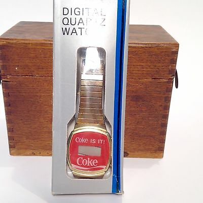 Coca Cola Vintage Digital Quartz Watch in Box Coke is IT! Logo Collectible NOS