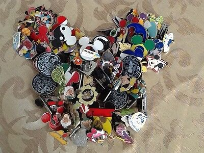 Disney Trading Pins lot of 75 1-4 Day Shipping 100% tradeable no doubles