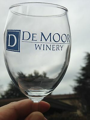 Collectible De Moor Winery Napa Valley California Blue Printed Wine Glass