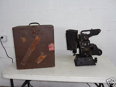 VINTAGE KODASCOPE 16mm FILM MOVIE MOTION PICTURE PROJECTOR WITH WOOD CASE