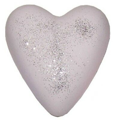 Mega Fizz Heart Shape Bath Bomb - Pink Musk With Body Glitter - Large 70g