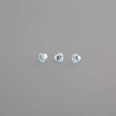 Zirconia blue 4x4mm Heart / BOX 1 (30)