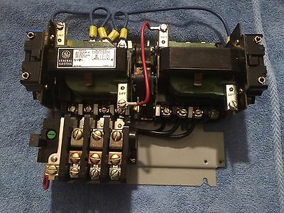 GE Magnetic Reversing Controller CR209C023AAD