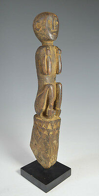 Tribal Art Interesting Antique  Figure Borneo Indonesia  South East Asia