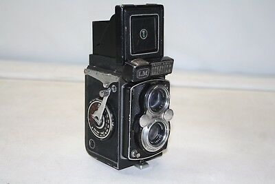 Yashica Yashica-mat LM Twin Lens Reflexn Untested For Parts or Repair