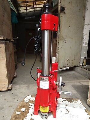 Cylinder boring machine T8014A