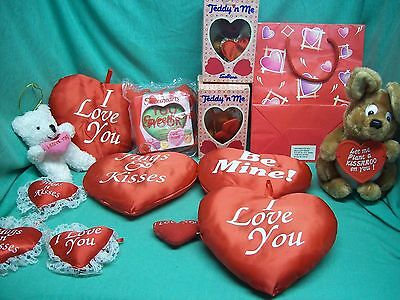 valentine's lot of 14 plush & hearts