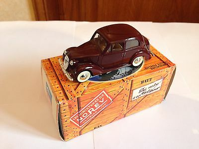 Voiture Miniature 1/43 Norev Simca 8 1950 Min000703