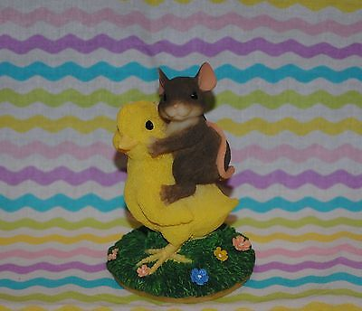"""Charming Tails """"chickie Back Ride"""" Mouse Chick Easter Cute!"""