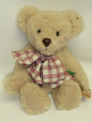"14"" Dudley of Shamrock Bears by Susan Corey, Alpaca, Jointed, Really Cute Face"