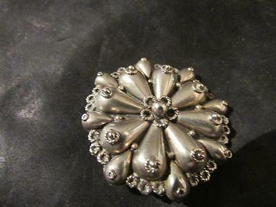 Lovely Art Deco Solid Silver Embossed Engraved Brooch