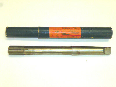 "Cleveland Peerless Expansion Reamer, 31/32"", Carbide Tipped, 3Mt Taper Shank"