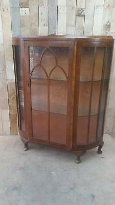 Vintage Bow Fronted China Display Cabinet With Queen Anne Legs
