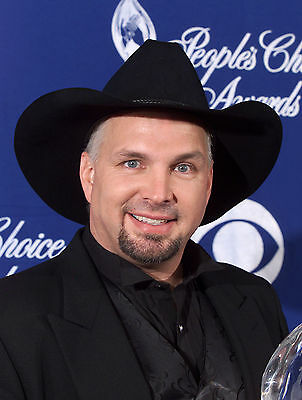 Garth Brooks 8x10 Glossy Photo Print #GB1