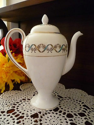 Wedgwood Coffee Pot  Floral Lid With Bouquet Ribboned Design