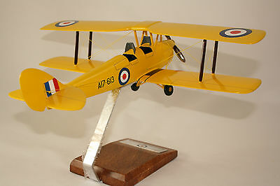 RAAF de HAVILLAND DH 82A TIGER MOTH LARGE SCALE 1:24 HANDCRAFTED DESK TOP MODEL