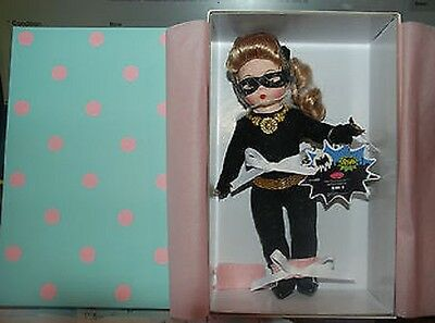 NEW Madame Alexander DC Comics Superhero Collection CAT WOMAN