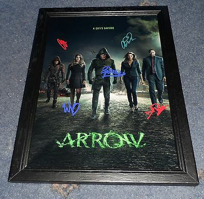 "Arrow Castx5 Pp Signed Framed A4 12""x8"" Poster Stephen Amell Colton Haynes"