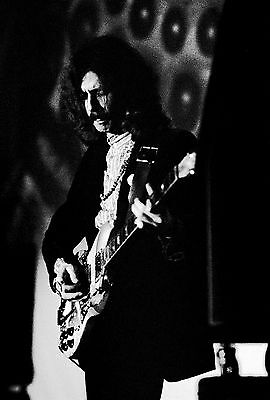 """ERIC CLAPTON 11"""" x 16.5"""" Photograph by Baron Wolman, SIGNED"""